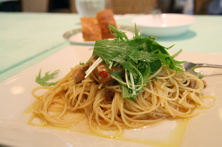豚の角煮と水菜のペペロンチーノ